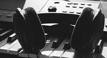 Beginner Guide to the Best Studio Headphones